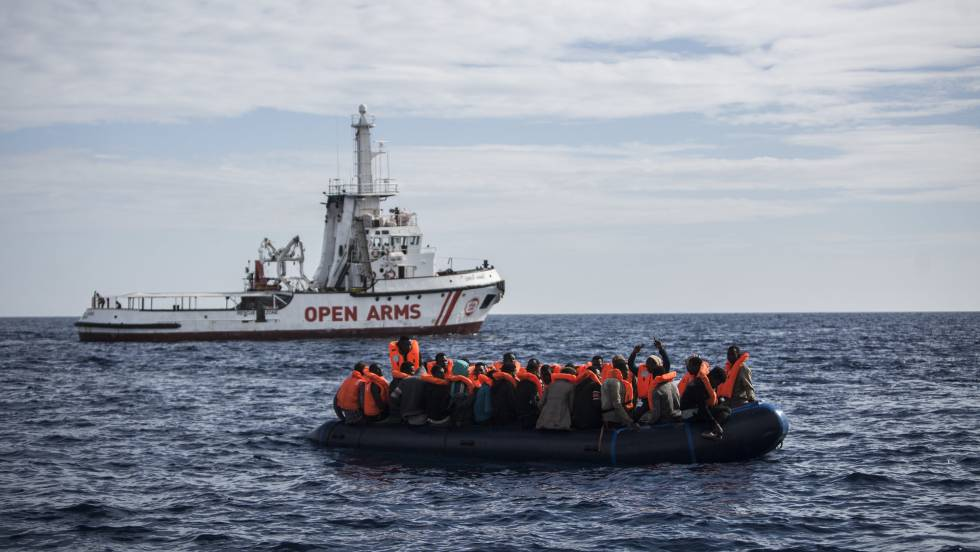 Alcaldes de España e Italia se unen en defensa del rescate de inmigrantes  en el Mediterráneo   Internacional   EL PAÍS