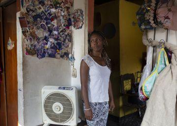 María Fernanda Rodríguez, en su casa del barrio de Cotiza, en Caracas.
