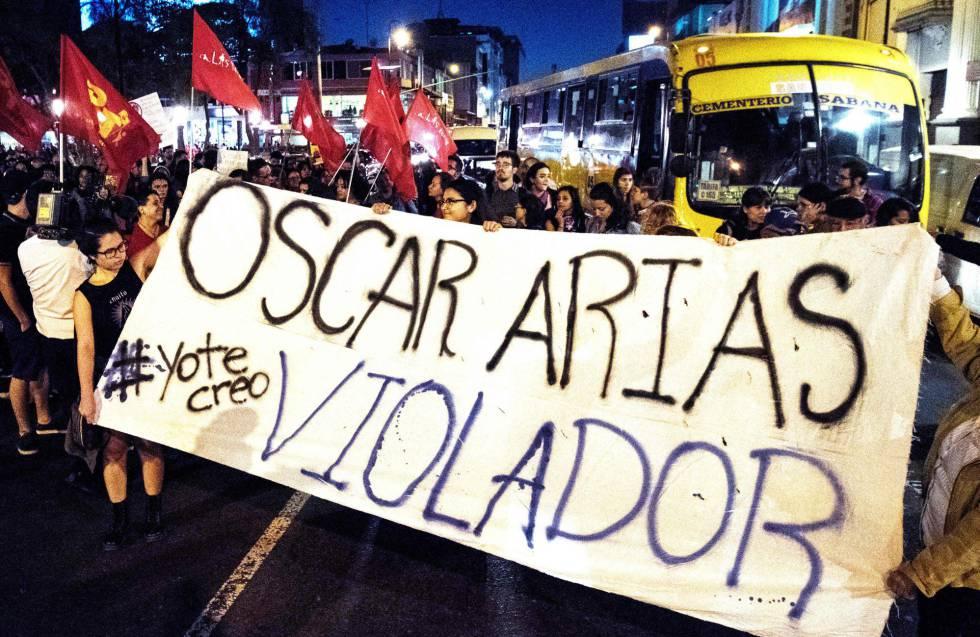 Protestas en San José contra el expresidente Óscar Arias.