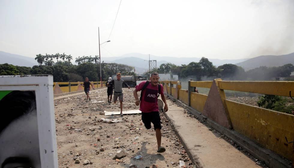 Uno de los puentes fronterizos entre Colombia y Venezuela.