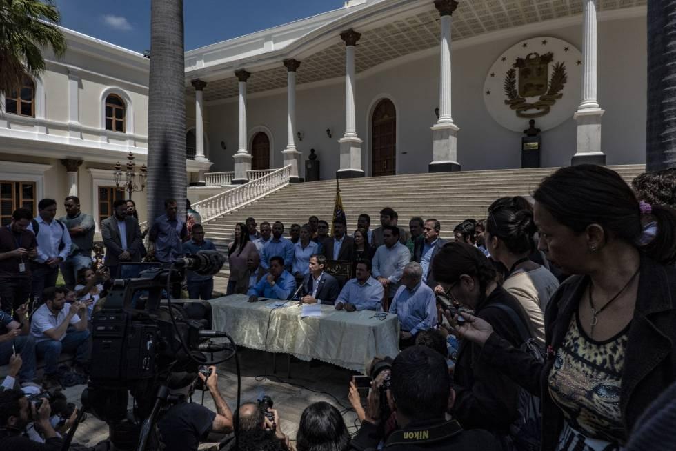 Juan Guaidó durante la conferencia de prensa de esta mañana.
