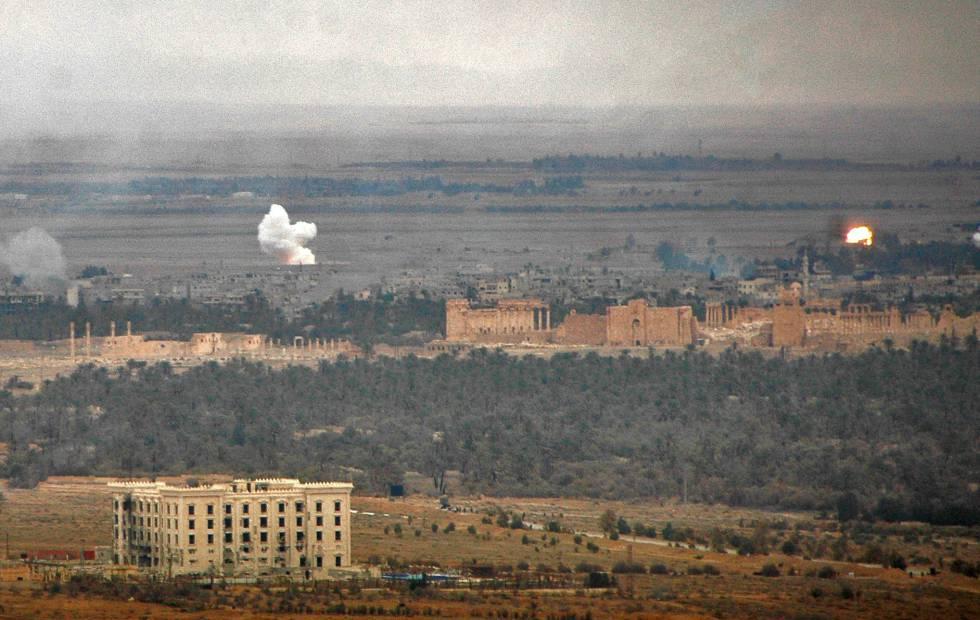 Avance de las tropas gubernamentales en la ciudad de Palmira, tomada por el Estado Islámico hasta 2017.