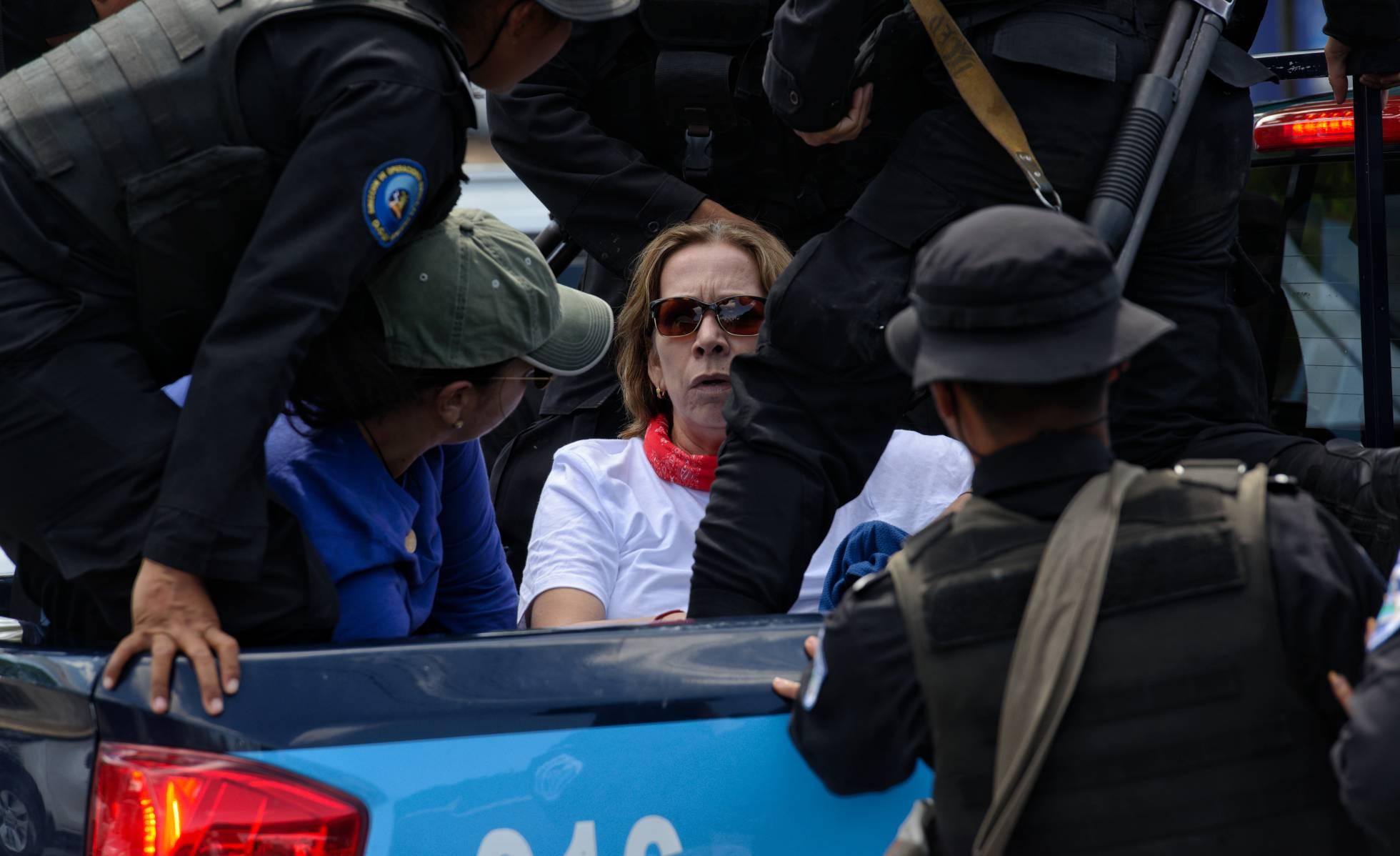 El régimen de Ortega reprime la manifestación opositora en Nicaragua