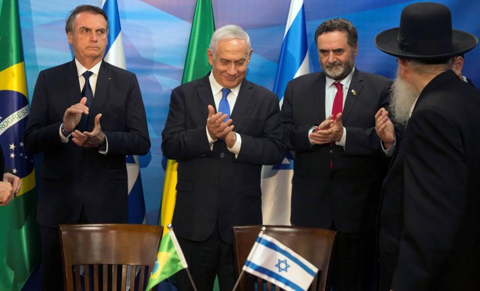 El presidente de Brasil, Jair Bolsonaro, y el primer ministro e Israel, Benjamín Netanyahu, el domingo en Jerusalén.