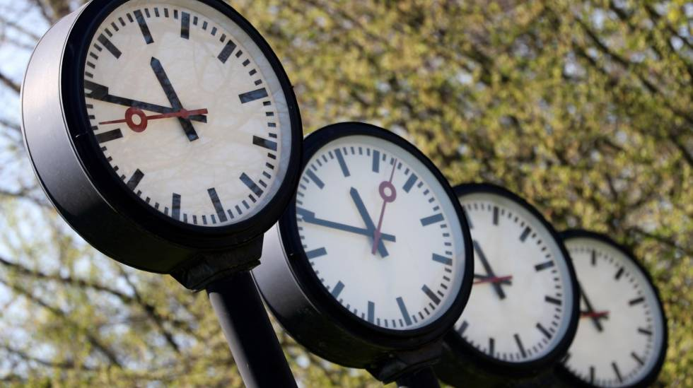 Los Una HoraMéxico De Este Domingo Cambio Adelanta Relojes Hora bgyf76