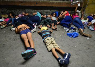 Una nueva caravana de migrantes parte de Honduras hacia Estados Unidos