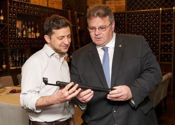 Ucrania y Rusia se enzarzan en una guerra de ofertas de pasaportes