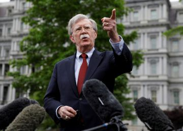 FILE PHOTO: U.S. national security adviser John Bolton talks to reporters at the White House in Washington, U.S., May 1, 2019.  REUTERSKevin LamarqueFile Photo