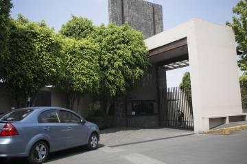 Fachada de la casa investigada por las autoridades mexicanas.