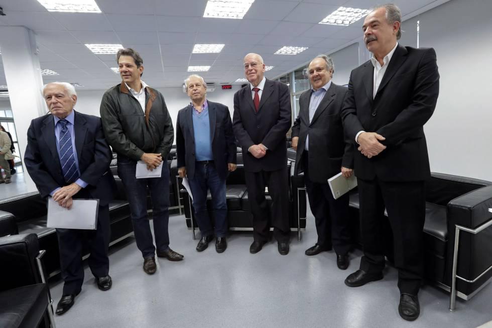 Seis exministros de Educación, este martes en São Paulo.