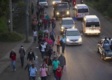 """El hambre y la violencia de Honduras ignoran las amenazas de Trump: """"Quedarse es agachar la cabeza"""""""