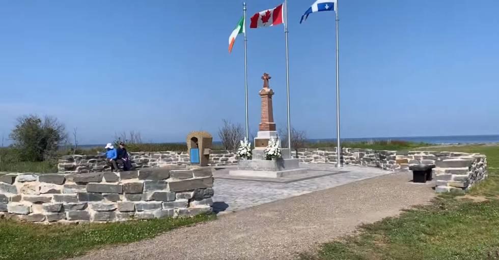 Memorial en recuerdo del naufragio.