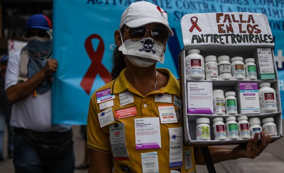 Manifestación por falta de antirretrovirales en Venezuela.
