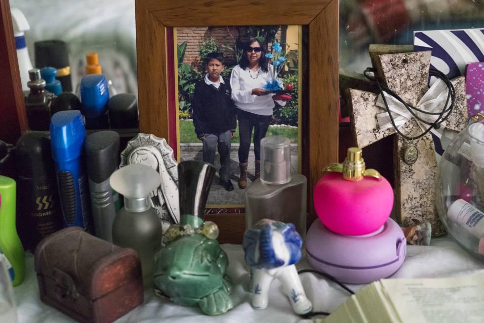 Una fotografía de Nazaria Iraís Simón Aguilar con su hijo Jonathan.