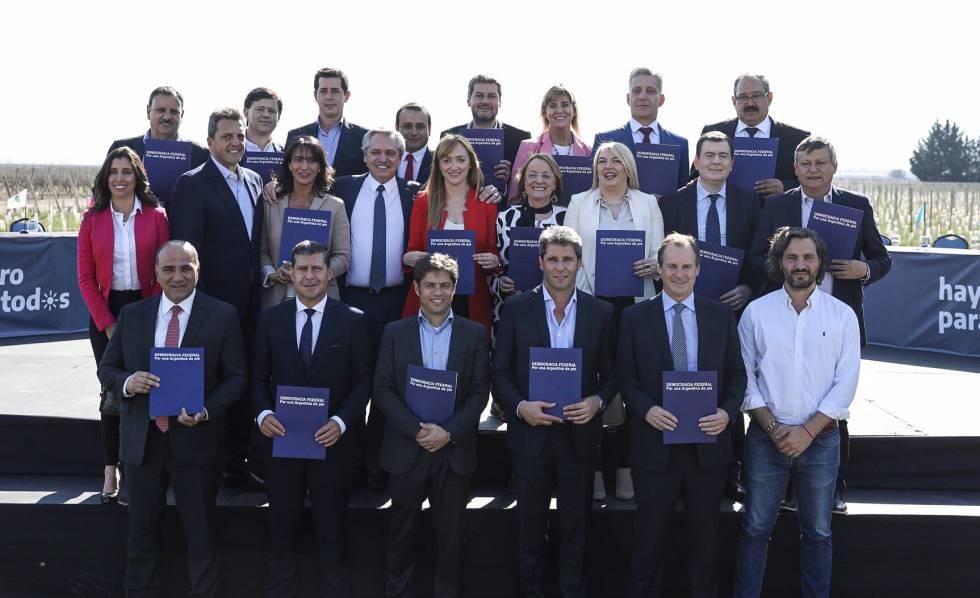 Elecciones en Argentina: Alberto Fernández cierra filas con los gobernadores peronistas | Argentina | EL PAÍS