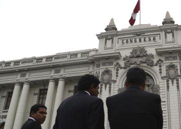 Presidente do Peru dissolve o Congresso e convoca eleições parlamentares