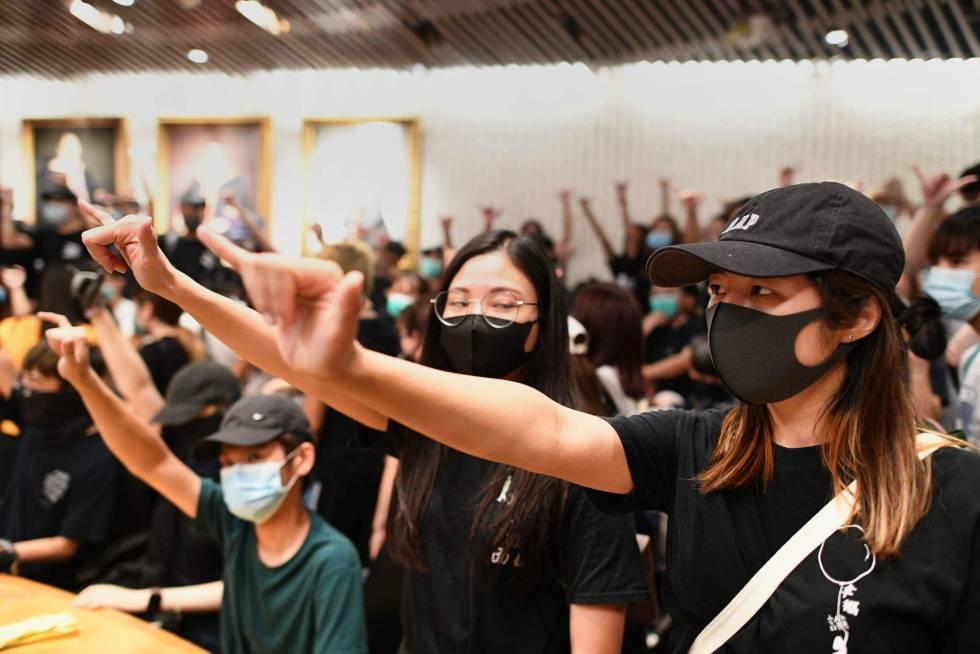 """Resultado de imagen para Las protestas en Hong Kong llegaron hasta las universidades"""""""