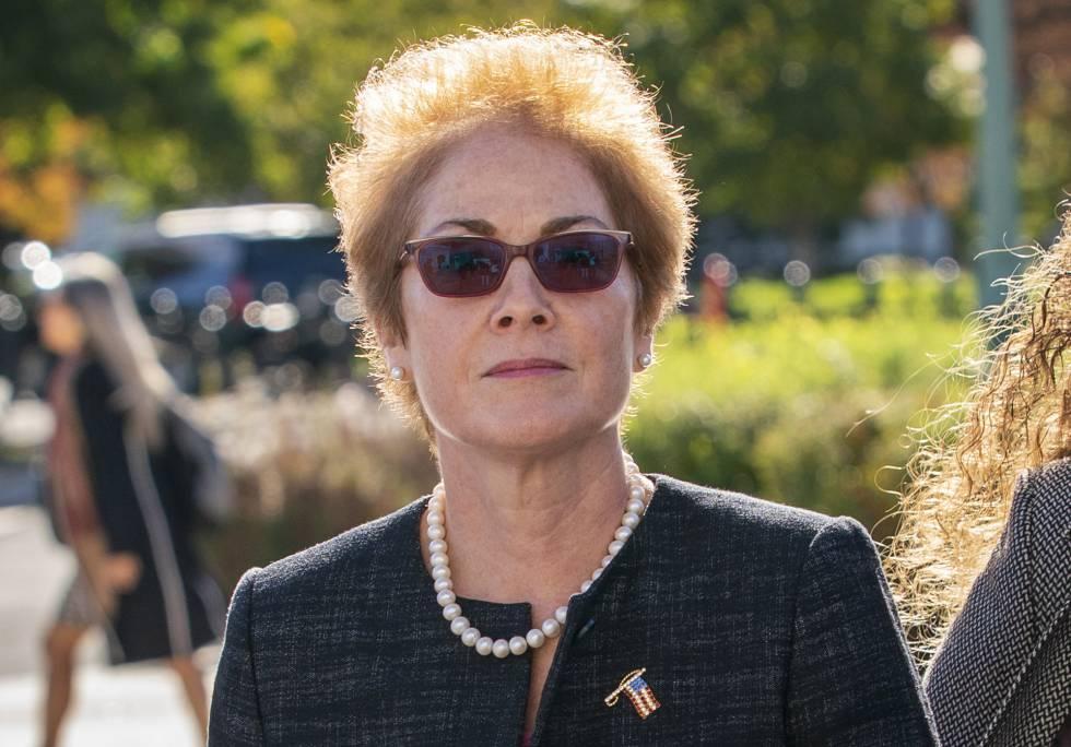La exembajadora en Ucrania Marie Yovanovitch.