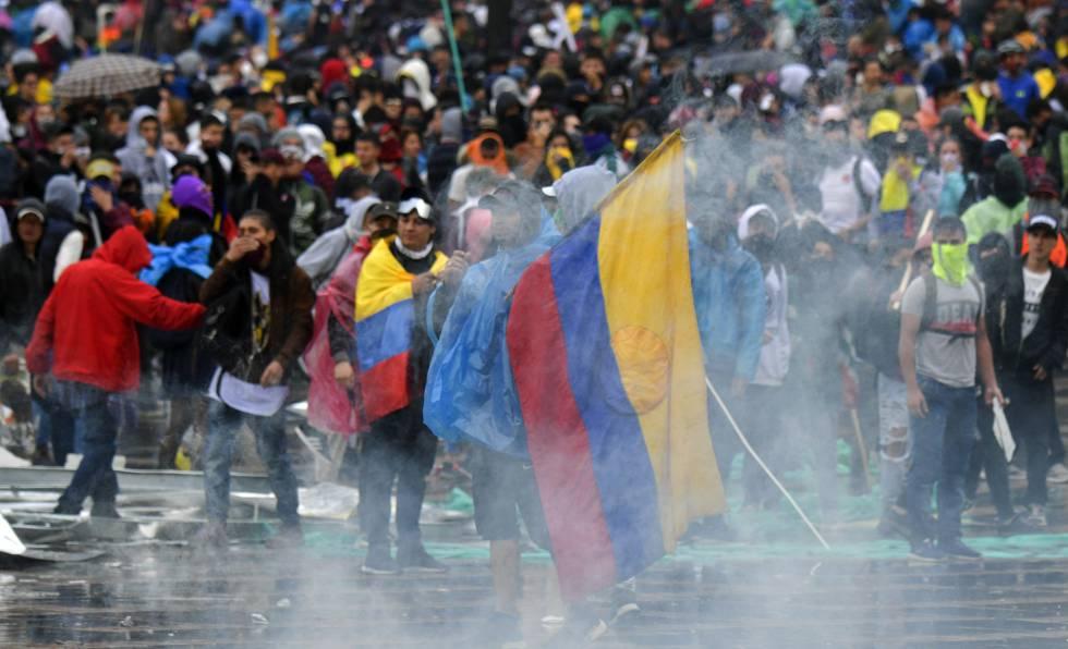 Duque evita dar una respuesta a las reivindicaciones sociales tras las  masivas protestas en Colombia | Colombia | EL PAÍS