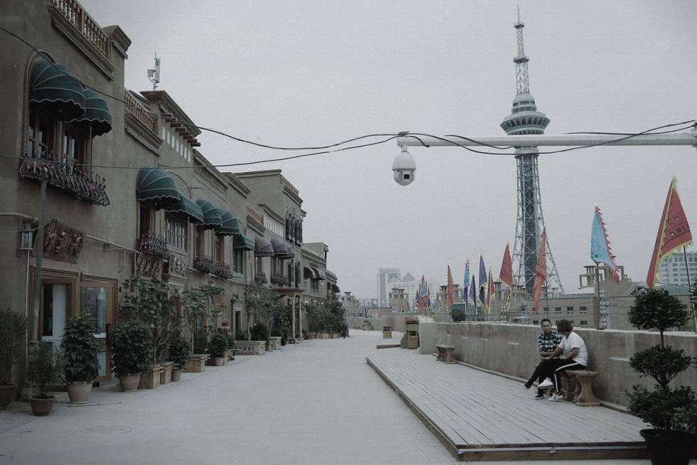 Cámara de seguridad en Kashgar, Xinjiang.