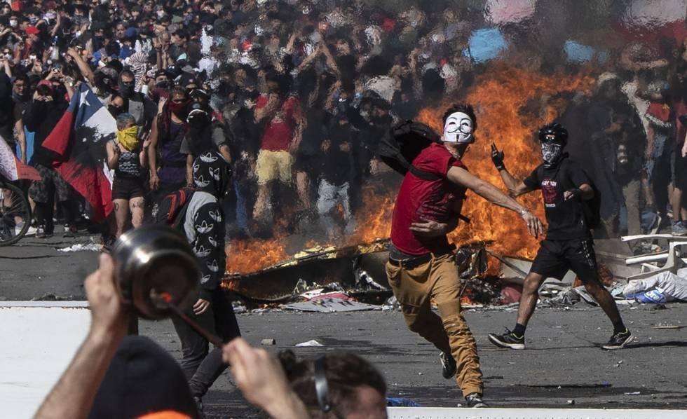 "Resultat d'imatges per a ""chile protestas"""""
