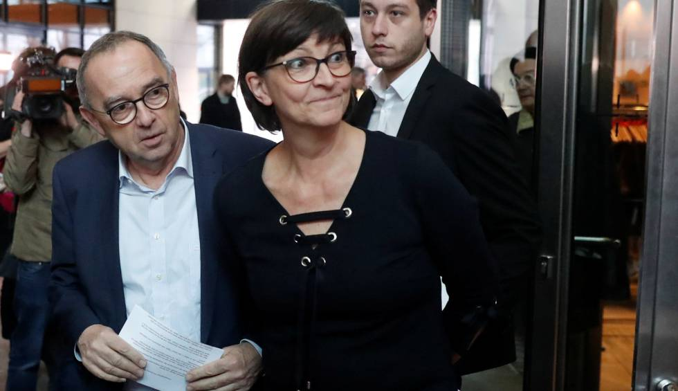 La cúpula del SPD exige políticas más sociales para la gran coalición, pero sin romperla