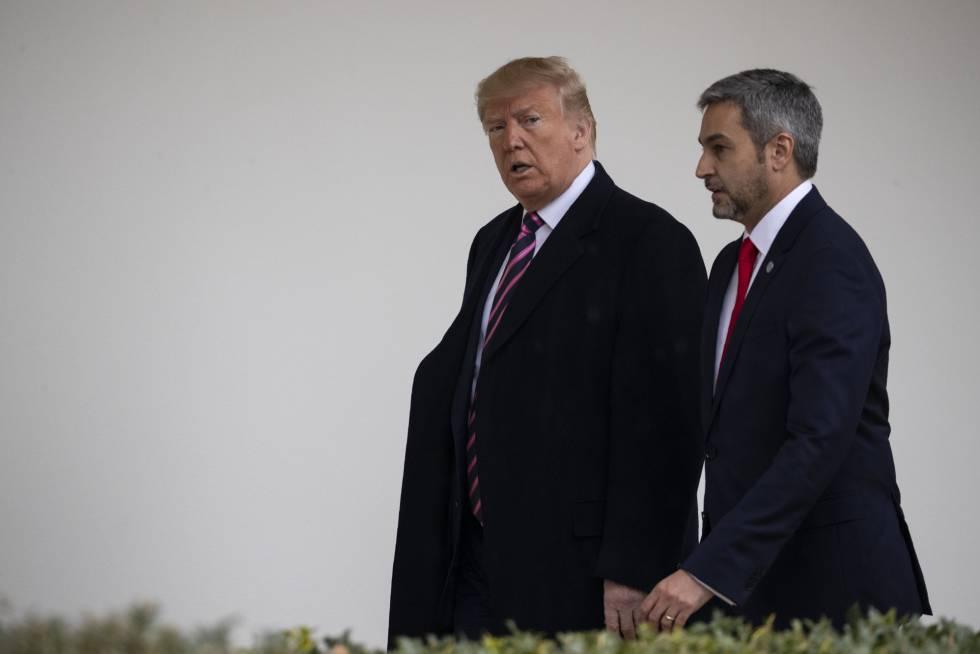 El presidente Donald Trump junto a su homólogo paraguayo Mario Abdo Benítez, en la Casa Blanca.