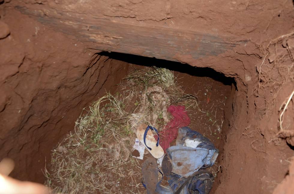 El túnel en la prisión de Pedro Juan Caballero, en Paraguay, por el que escaparon los internos.