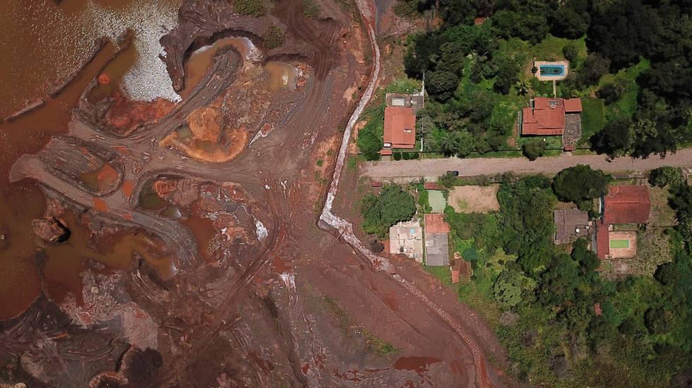 El rastro que dejó el tsunami de barro en Brumadinho fotografiado este mes.