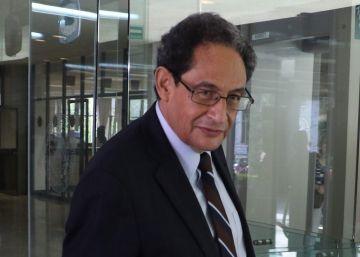 Una sentencia contra un periodista y académico golpea la libertad de expresión en México