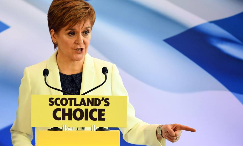 La ministra principal de Escocia, Nicola Sturgeon, en Edimburgo este viernes.