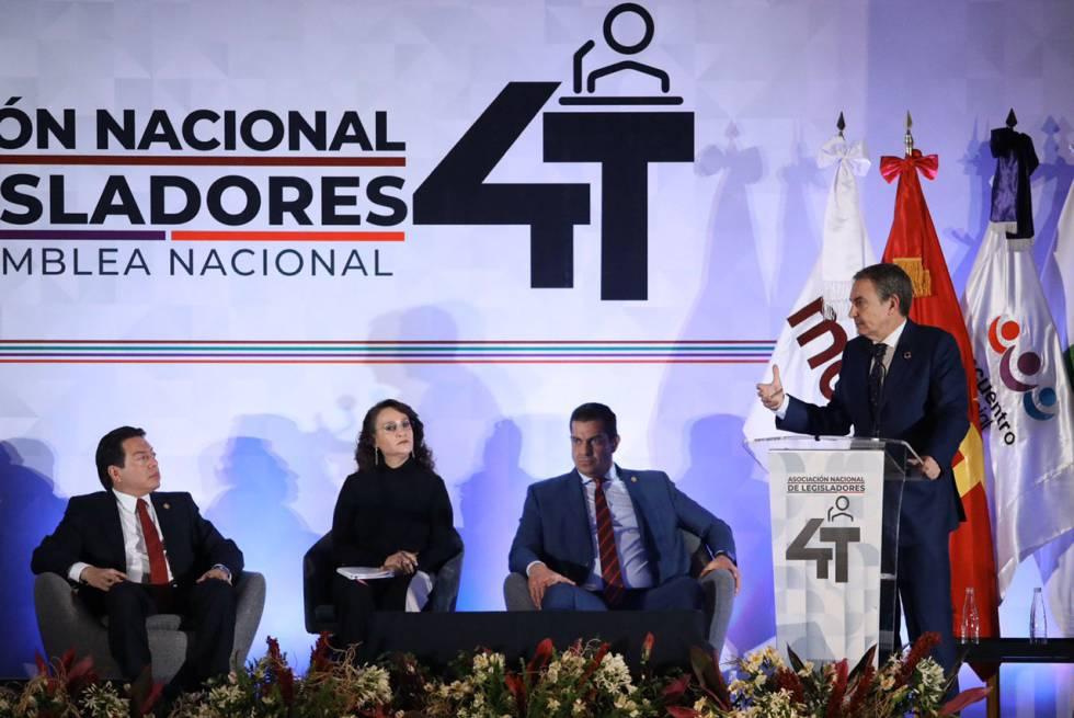 José Luis Rodríguez Zapatero junto a legisladores de Morena en México.