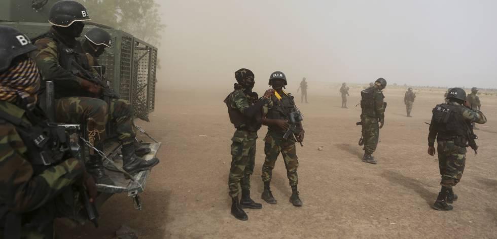 Soldados cameruneses en Kolofata (Camerún) en 2016.