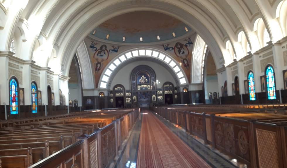 Interior de la catedral copta de la Natividad en la nueva capital administrativa egipcia.