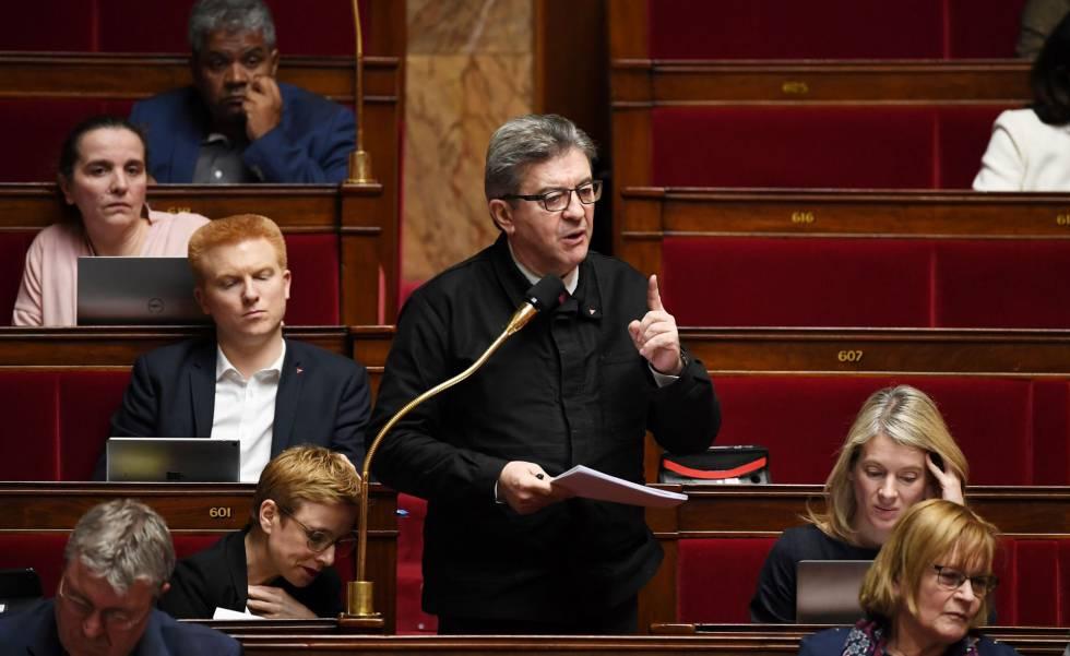 El líder opositor Jean-Luc Mélenchon durante el debate sobre las pensiones en la Asamblea Nacional