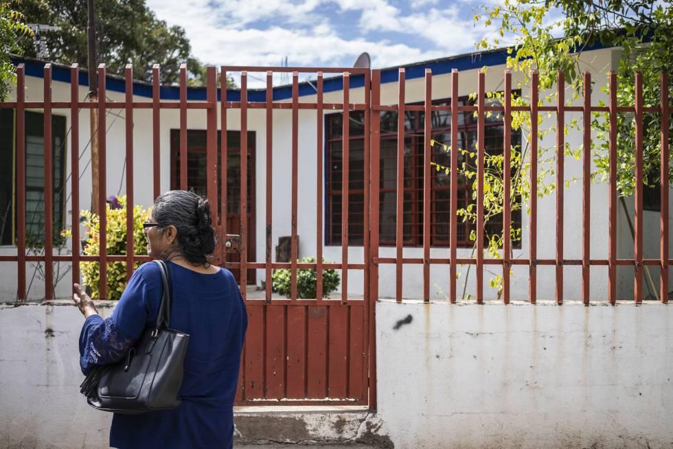 Facade of the home where the scientist Héctor Cabrera grew up in El Espinal, Oaxaca.