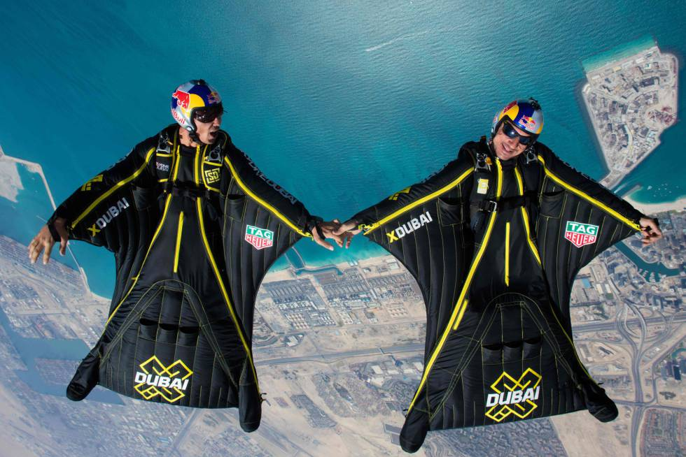 Vince Reffet (left) and Fred Fugen (right), on a flight over Dubai in 2017.