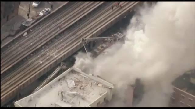 Os edifícios que desabaram em Harlem, Nova York.