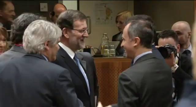 Os líderes europeus reúnem-se nesta quinta-feira para discutir mais multas a Rusia pela recém anexión de Crimea.