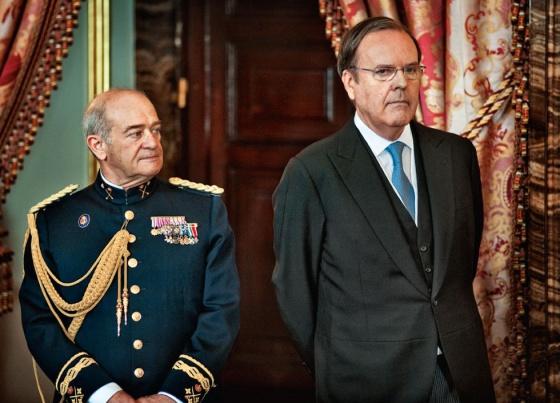 Todos Los Hombres Del Rey España El País