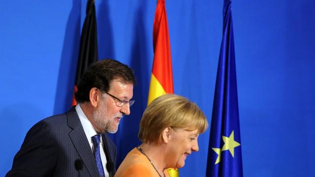 Rajoy e Merkel, depois de seu comparecimento conjunto.