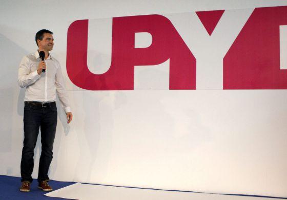 Andrés Herzog, en la presentación del nuevo logo del partido.