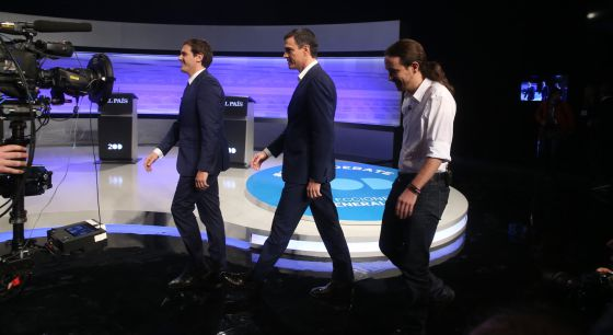 Rivera, Sánchez and Iglesias arriving at the debate.