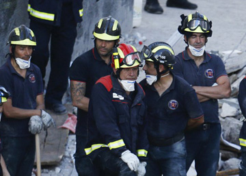 Death toll in Tenerife building collapse rises to seven