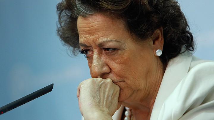 Los escándalos vuelven a acorralar al PP en plena campaña electoral
