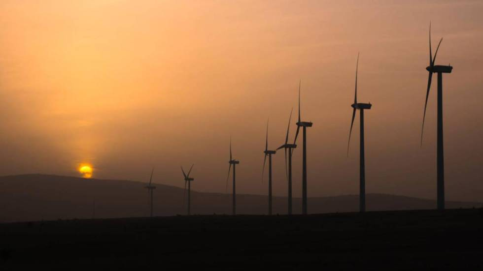 Wind turbines near Campisábalos.