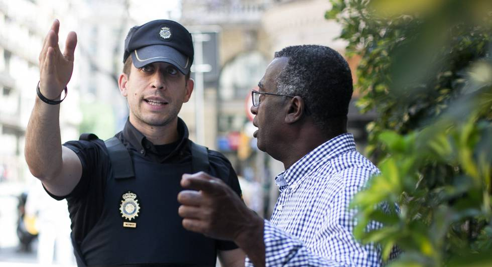 A national police officer in Barcelona.