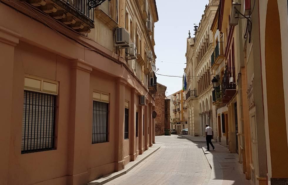 A vida em uma cidade espanhola castigada por uma onda de calor ... 7569cb00144