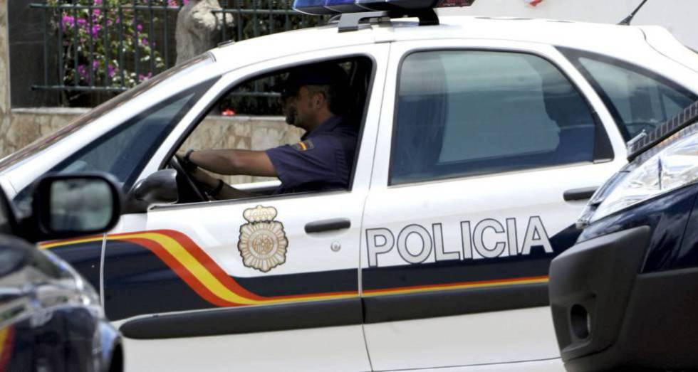 Un coche del Cuerpo Nacional de Policía.rn