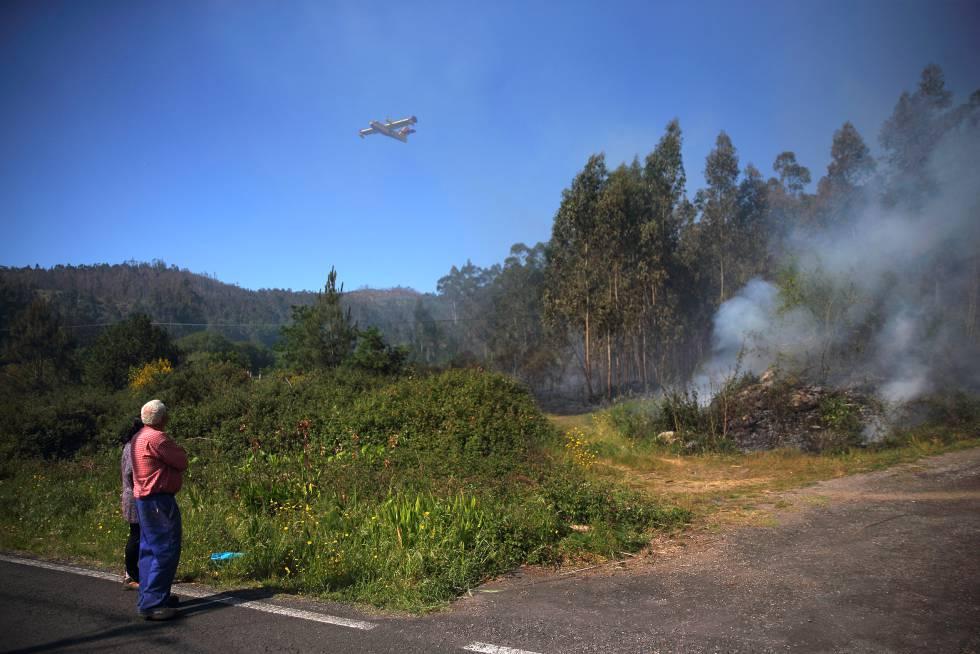Incendio en el municipio coruñés de Rianxo el pasado abril.